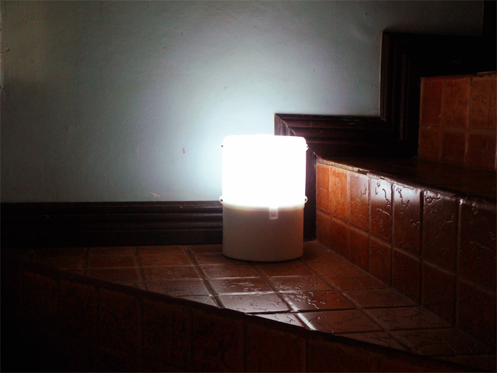 Pinoy Startup SALt Creates Salt Powered Lamp