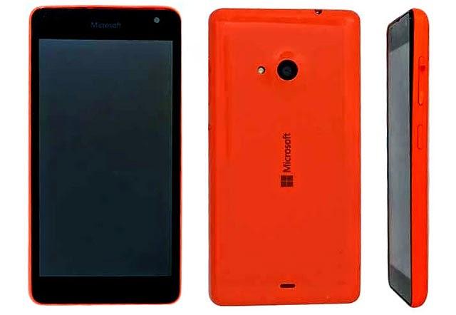 Lumia-RM-1090-with-Microsoft-Logo