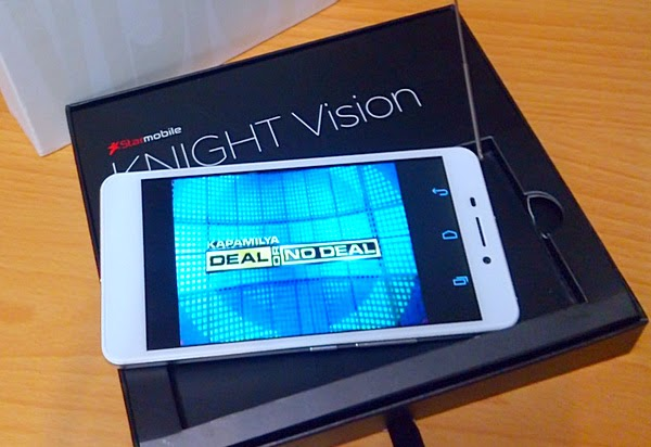 Starmobile Knight Vision showing digital TV