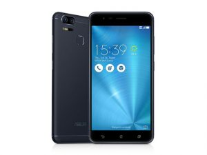 The ASUS Zenfone 3 Zoom smartphone in navy black.
