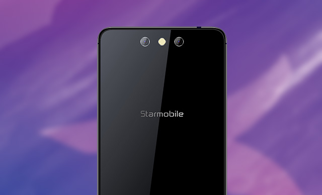 Look, the Starmobile Knight Spectra has dual rear cameras.