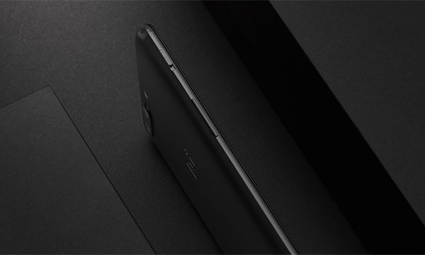 The OnePlus 5 is very thin!