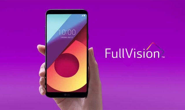 The LG G6 with its bezel-less FullVision Display.