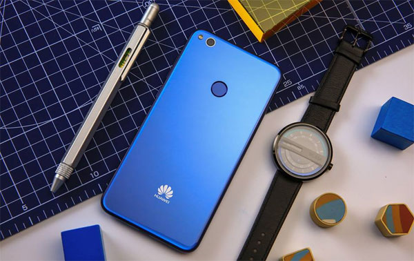 The Huawei GR3 2017 smartphone.