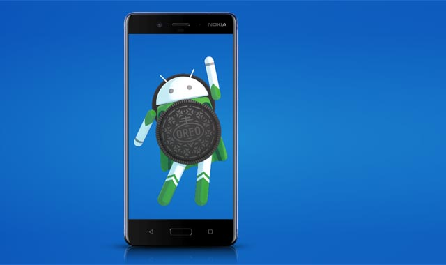 Nokia 8 smartphone with the Android 8.0 Oreo logo.