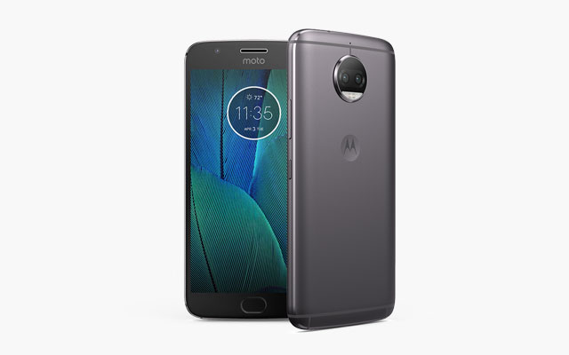 This is the Motorola Moto G5s Plus!