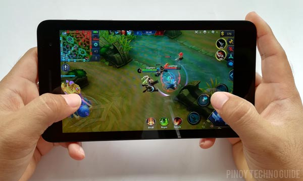 Mobile Legends Bang Bang on the Huawei MediaPad T2 7.0.