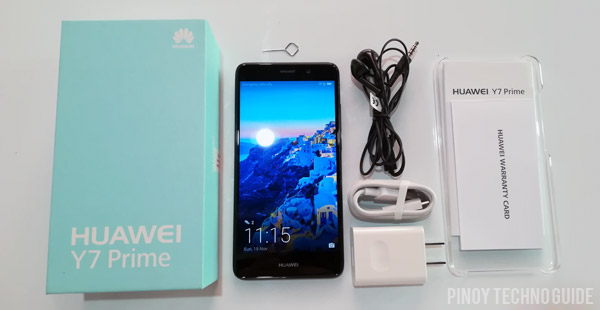 Accessories and freebies of the Huawei Y7 Prime.