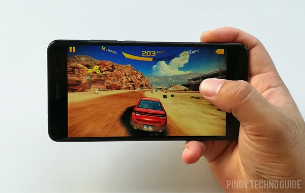 Playing Asphalt 8 Airborne on the Huawei Y7 Prime.
