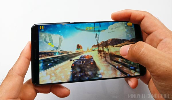Playing Asphalt Airborne on the Huawei Mate 10.