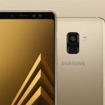 Notice the dual selfie camera of the Samsung Galaxy A8 (2018).