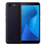 The ASUS Zenfone Max Plus (M1) smartphone.