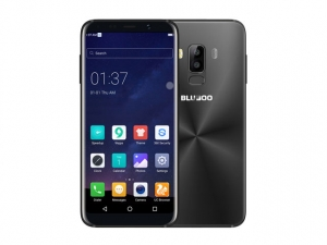 The Bluboo S8 smartphone.
