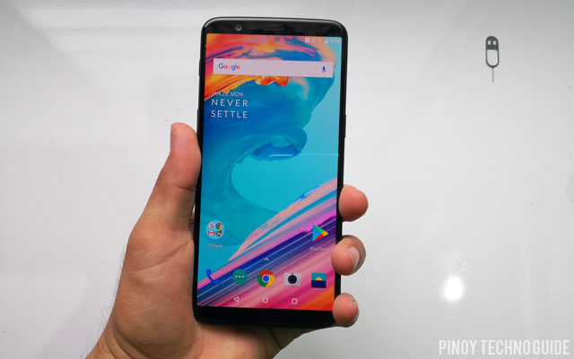 Hands on with the OnePlus 5T.