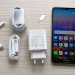 Unboxing the Huawei P20 smartphone...