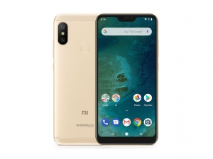 The Xiaomi Mi A2 Lite smartphone in gold.