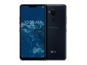 The LG G7 One smartphone.