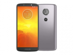 The Motorola Moto E5 smartphone in gray.