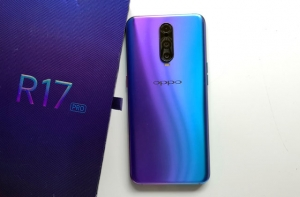 It's time to review the OPPO R17 Pro smartphone!