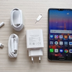 The Huawei P20 and its accessories.