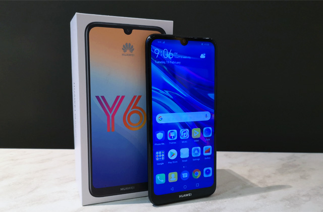 The Huawei Y6 Pro 2019 and its box.