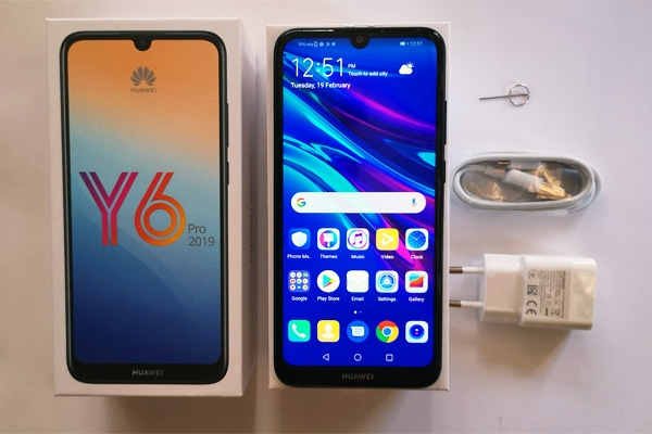 Here are the contents of the Huawei Y6 Pro 2019 box.