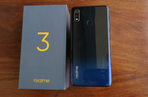 The Realme 3 and its box.
