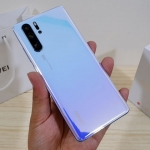 Huawei P30 Pro Unboxing: Hands on with a 50x zoom smartphone!