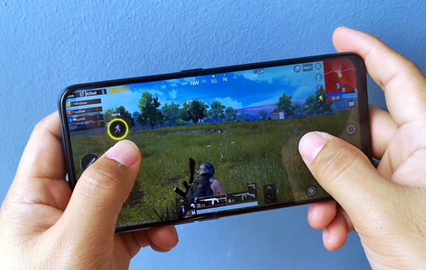 Playing PUBG Mobile on the OPPO F11 Pro.