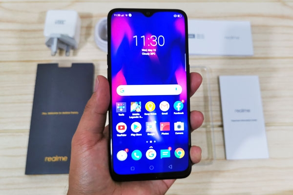 Hands on with the Realme 3 Pro!