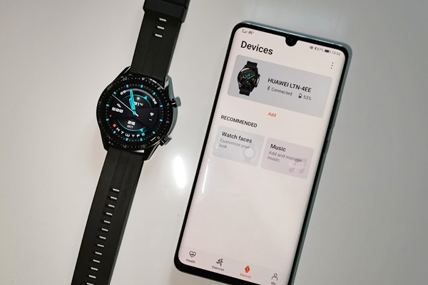 Huawei Watch GT 2 paired with Huawei P30 Pro.