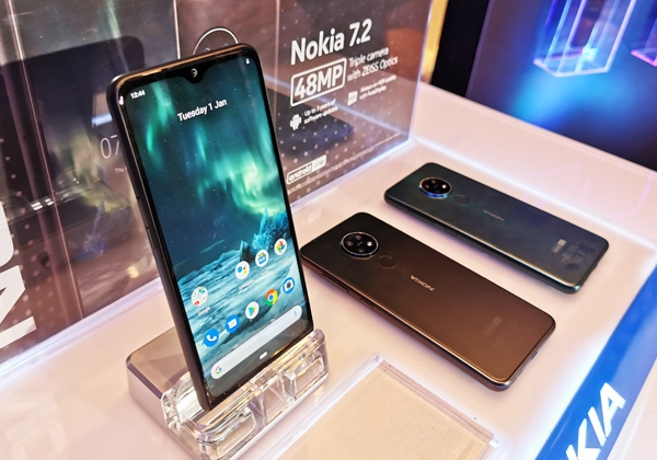 The Nokia 7.2 on display.