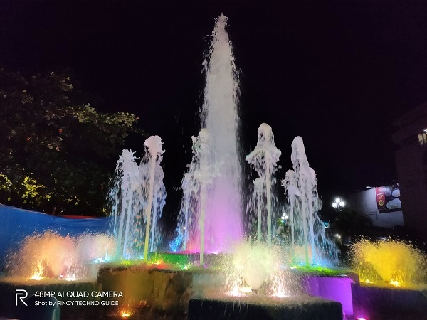 Water fountain by Realme 5 Pro.