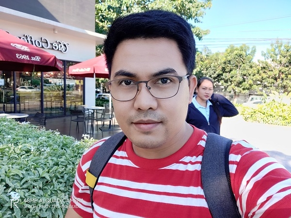 Realme 5 Pro selfie with AI Beauty enabled.