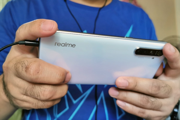Reviewing the gaming performance of the Realme XT!