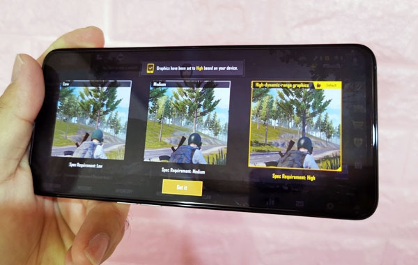 Default graphics quality of PUBG Mobile on the OPPO Reno2 smartphone.