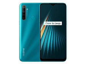 The Realme 5i smartphone in Aqua Blue color.