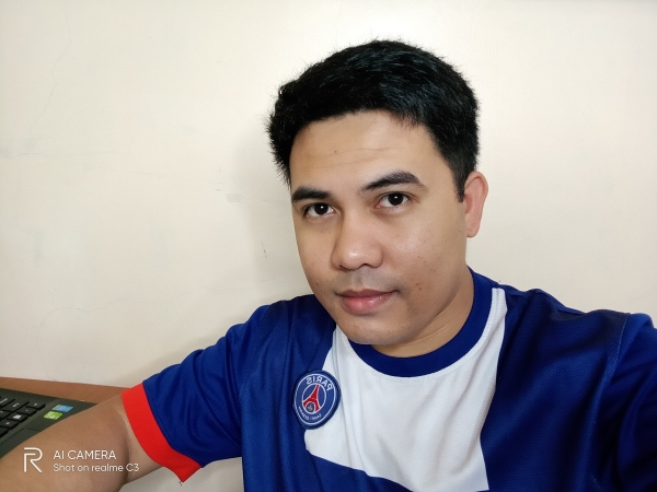 Realme C3 sample picture (person, selfie).