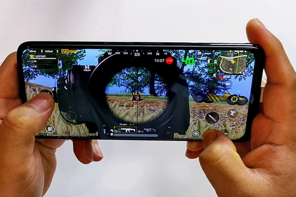 PUBG Mobile on the realme 6 Pro.