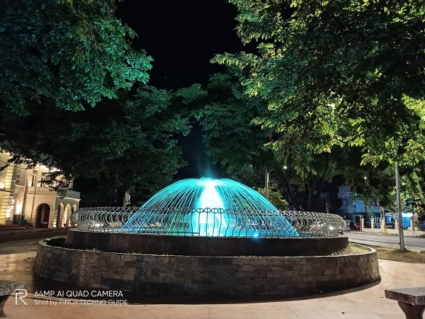 realme 6 sample picture (water fountain, normal mode)