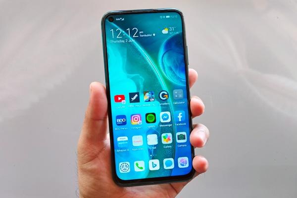 Huawei nova 7i home screen.