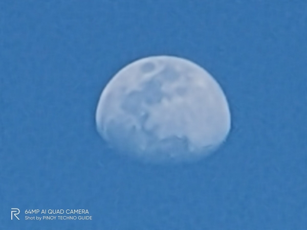 realme X3 SuperZoom sample picture (moon, 60x zoom).