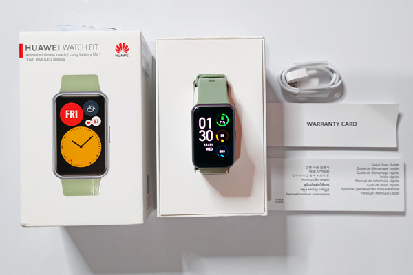 The Huawei Watch Fit and its box.