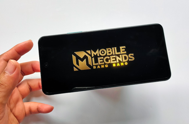 Let's play Mobile Legends on the Huawei Y7a!