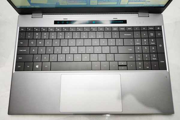 Keyboard, touchpad, and touch bar of the DERE TBOOK T10.