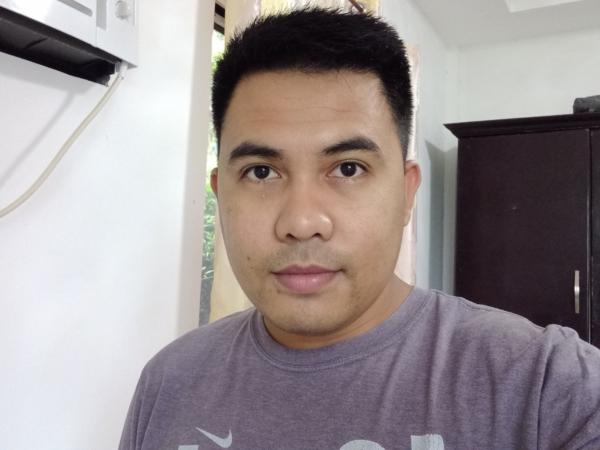 Samsung Galaxy A12 sample selfie.