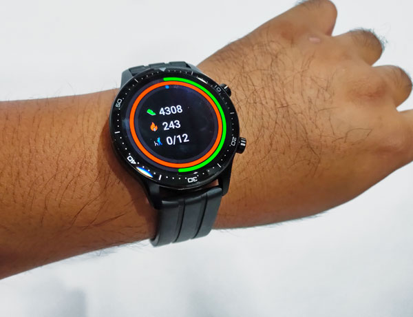 Activity tracker of the realme Watch S Pro.