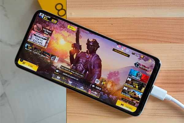 Call of Duty Mobile on the realme 8
