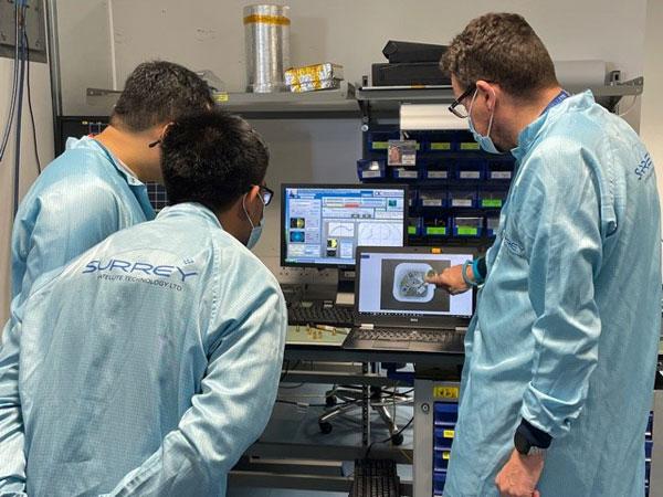 "Filipino engineers undergo ""Patch Antenna Training"" in SSTL's test lab."