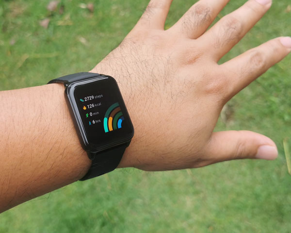 realme Watch 2 activity tracker.